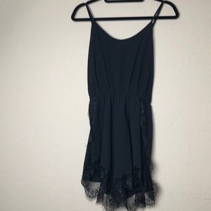 Face to face romper w/ lace trim